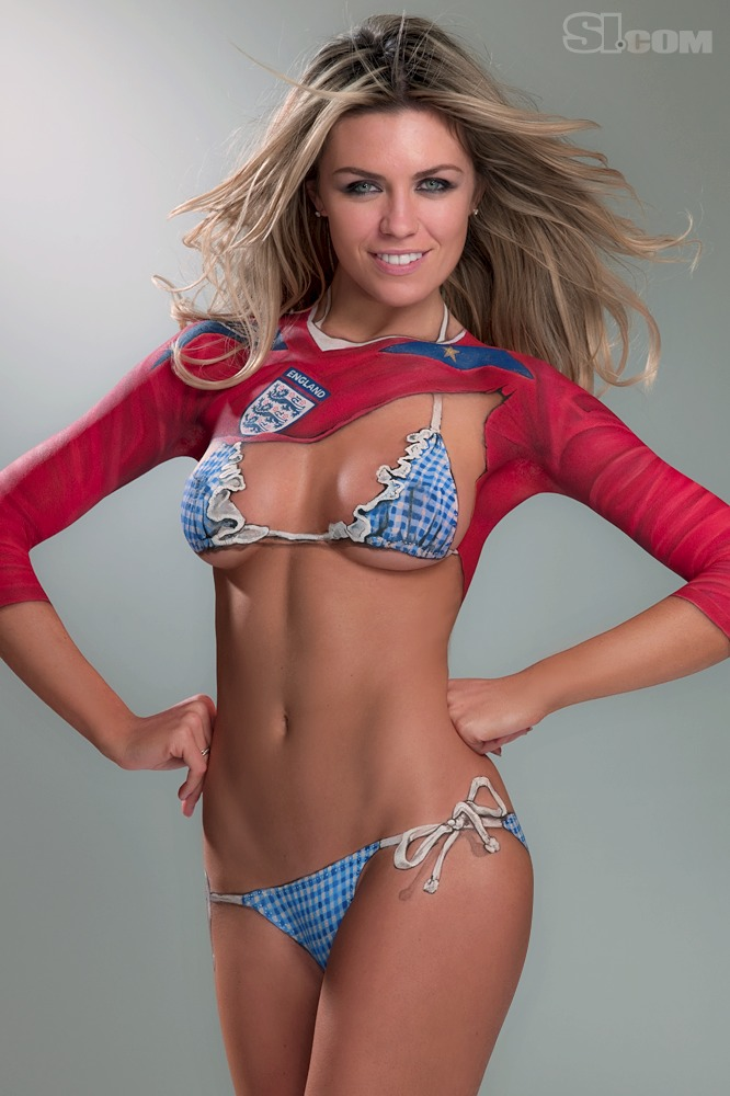 Abigail_Clancy_Body_Paint_SI_2010_Swimsuit_Issue_017