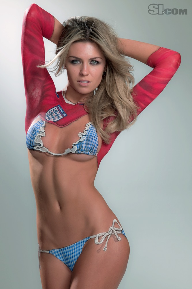 Abigail_Clancy_Body_Paint_SI_2010_Swimsuit_Issue_002