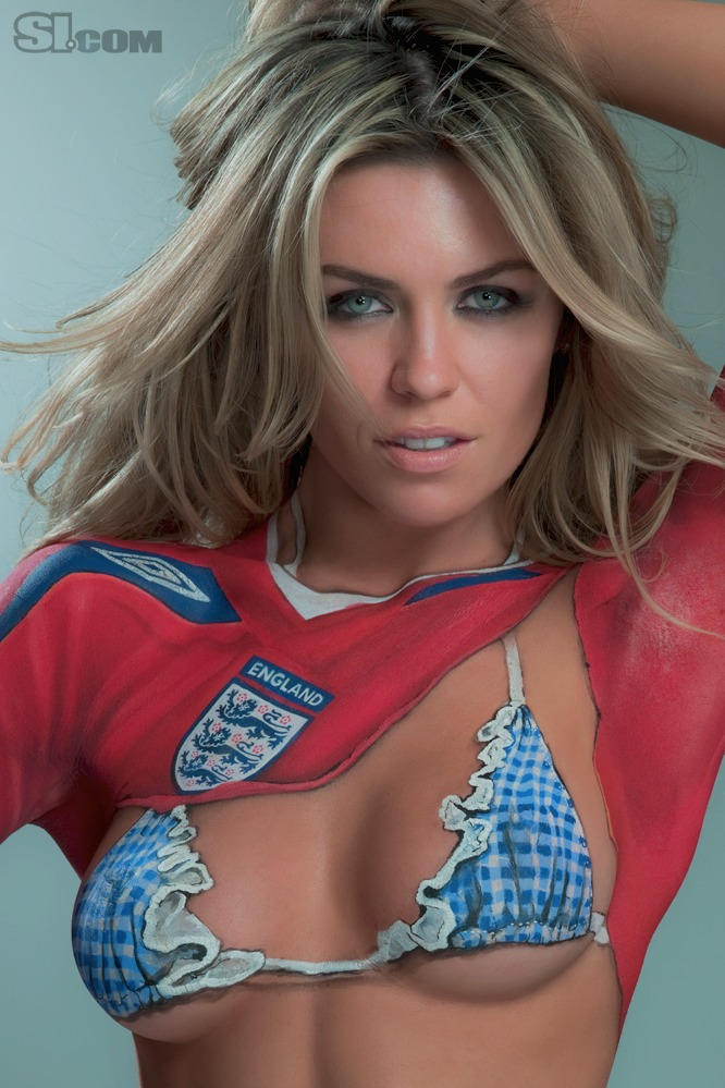 Abigail_Clancy_Body_Paint_SI_2010_Swimsuit_Issue_008
