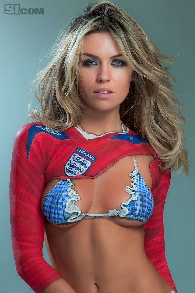Abigail_Clancy_Body_Paint_SI_2010_Swimsuit_Issue_014